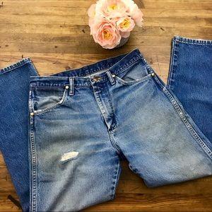 Wrangler VTG Mom Jeans High Waist Distressed Sz 8
